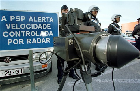 Photo of PSP avisa no Facebook onde vai pôr radares