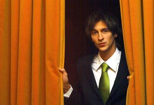 Photo of Bruno Nogueira volta a comentar o Big Brother dos coisos