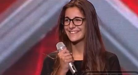 Photo of Homem revolta-se por rapariga que cantou fado não passar | Factor X