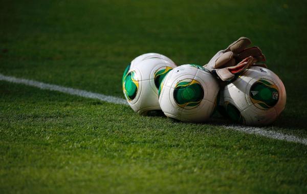 Photo of Equipa italiana do Bagheria marca oito golos na própria baliza