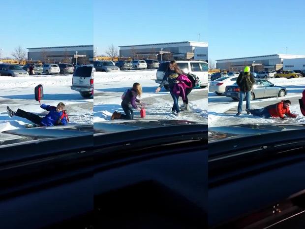 Photo of FAIL: Ele ri das crianças que caem devido ao gelo