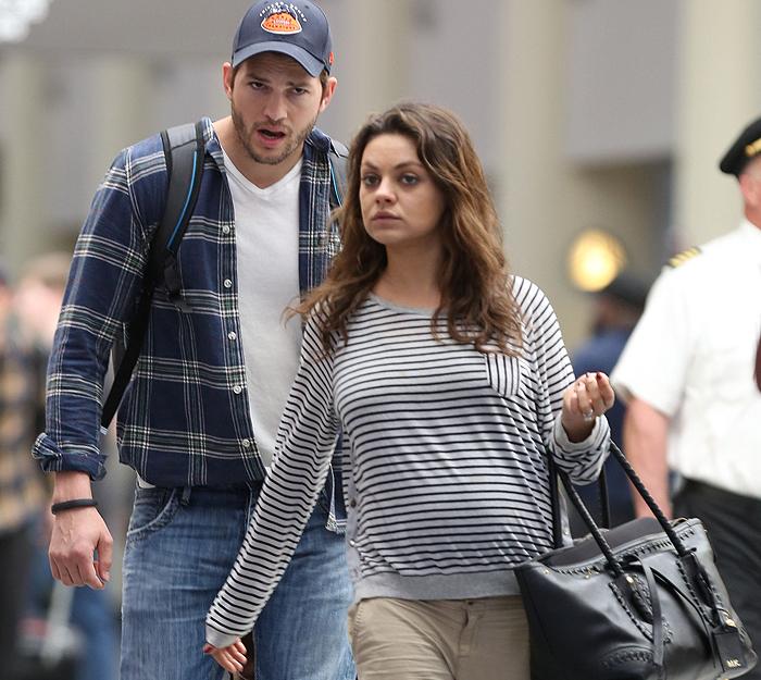 Photo of Mila Kunis finalmente mostra a barriga de grávida
