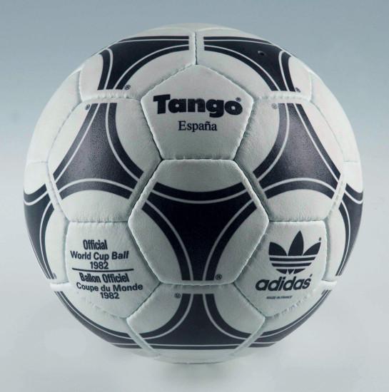 ballon-coupe-du-monde-tango-1982