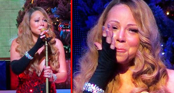 Photo of Cantora Mariah Carey chora em palco