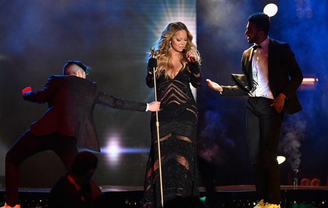 Photo of FAIL: Mariah Carey fez playback desastroso