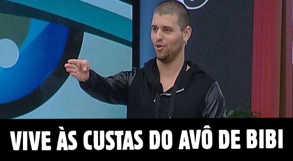 """Photo of Tiago e Bibi na miséria """"Já mandei currículos para fábricas e nada"""""""