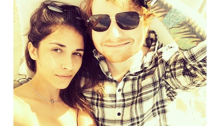 Photo of Ed Sheeran está novamente solteiro