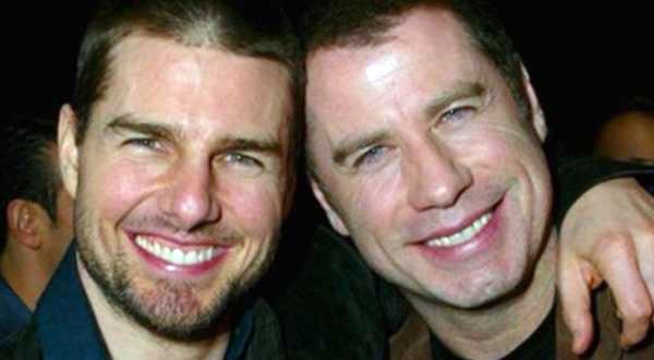 Photo of Revista revela que Tom Cruise e John Travolta vivem relação homossexual
