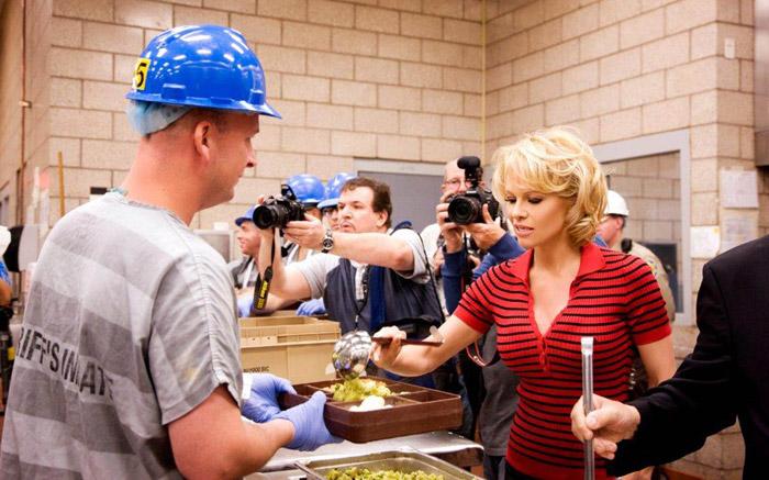 Photo of Pamela Anderson foi para a prisão mas por um bom motivo