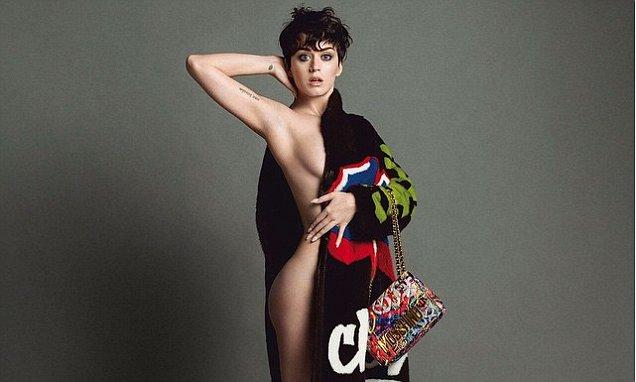Photo of Katy Perry despiu-se para a Moschino