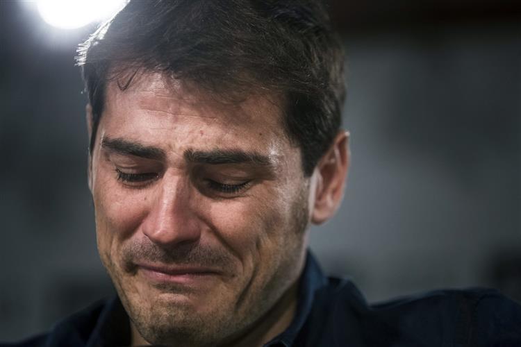 Photo of Carreira de Iker Casillas chegou ao FIM? Espanhol REAGIU