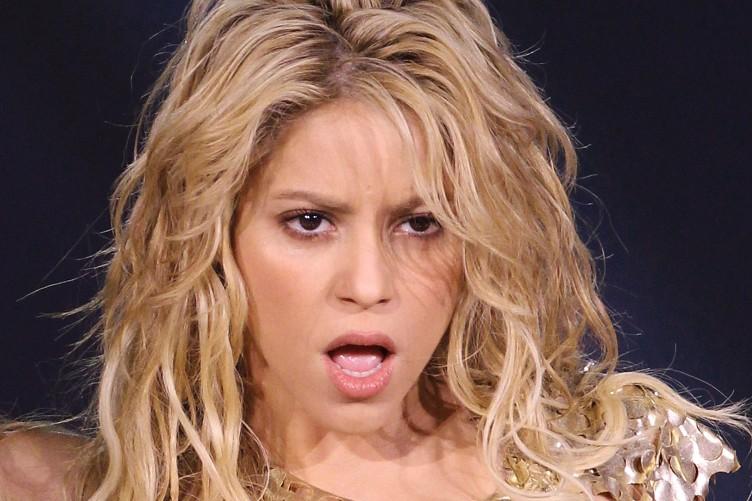 """Photo of Shakira ATACA discurso do Donald Trump """"é racista e revela ódio"""""""