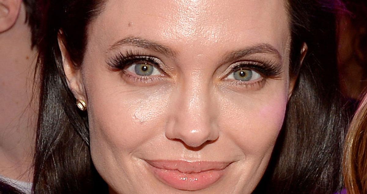Photo of Já conheces a sósia da Angelina Jolie de 24 anos?