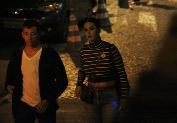 Photo of Segurança de Katy Perry ameaça fotografo no Rio do Janeiro