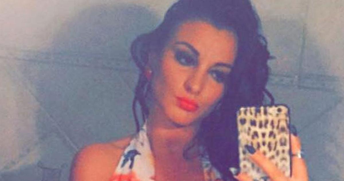 Photo of Cristiana Dionísio aderiu à moda do decote atrevido como a filha de Mourinho