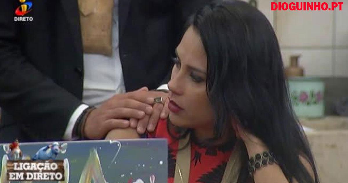 Photo of Kelly Medeiros já chora n' A Quinta, mas Rúben dá apoio