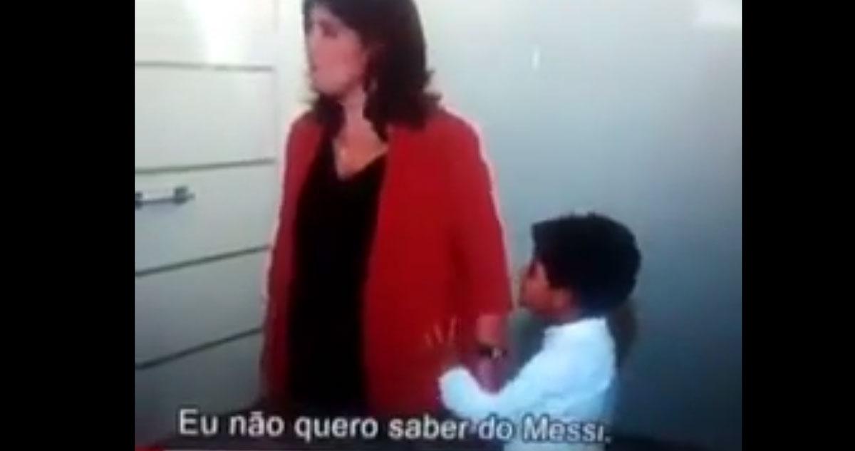 Photo of D. Dolores aziou com o neto Cristianinho por causa do Messi