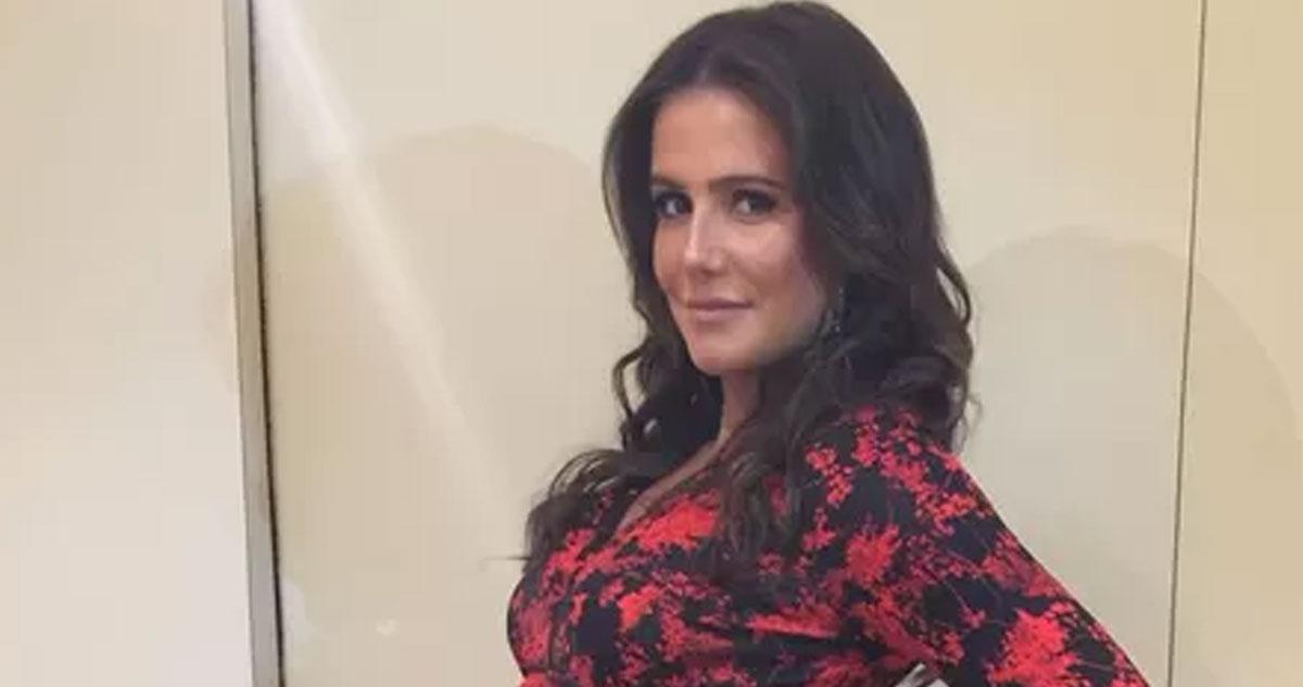 Photo of Deborah Secco tem mega barriga de gravida (8 Meses) e não pára!