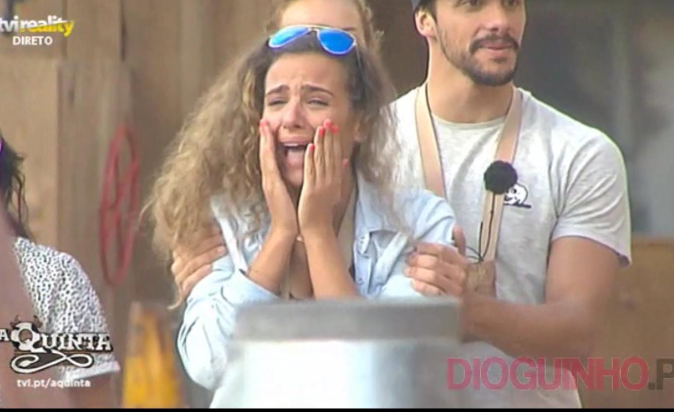 Photo of Inês recebeu avião da familia e quase que tem um 'ataque'