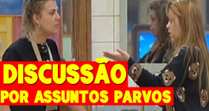 """Liliana Bastos e Romana desentendem-se. A convidada ofereceu-se para ajudar a cantora, e ela foi """"brincar"""" com o Santiago, mas a jovem de Guimarães queria que ela """"brincasse"""" também com ela."""
