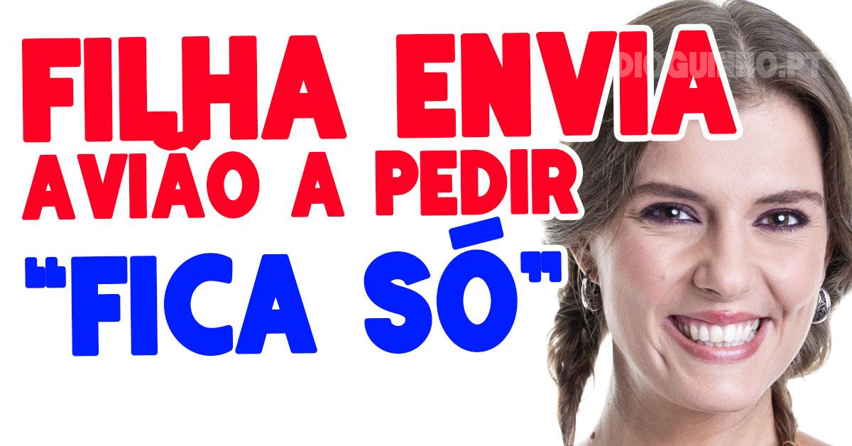 """Photo of Romana recebe avião da filha """"fica só"""""""