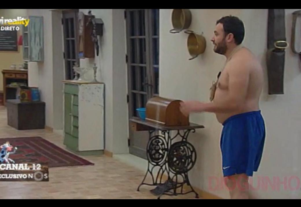 Photo of Brincam com o António e ele arma grande barraca