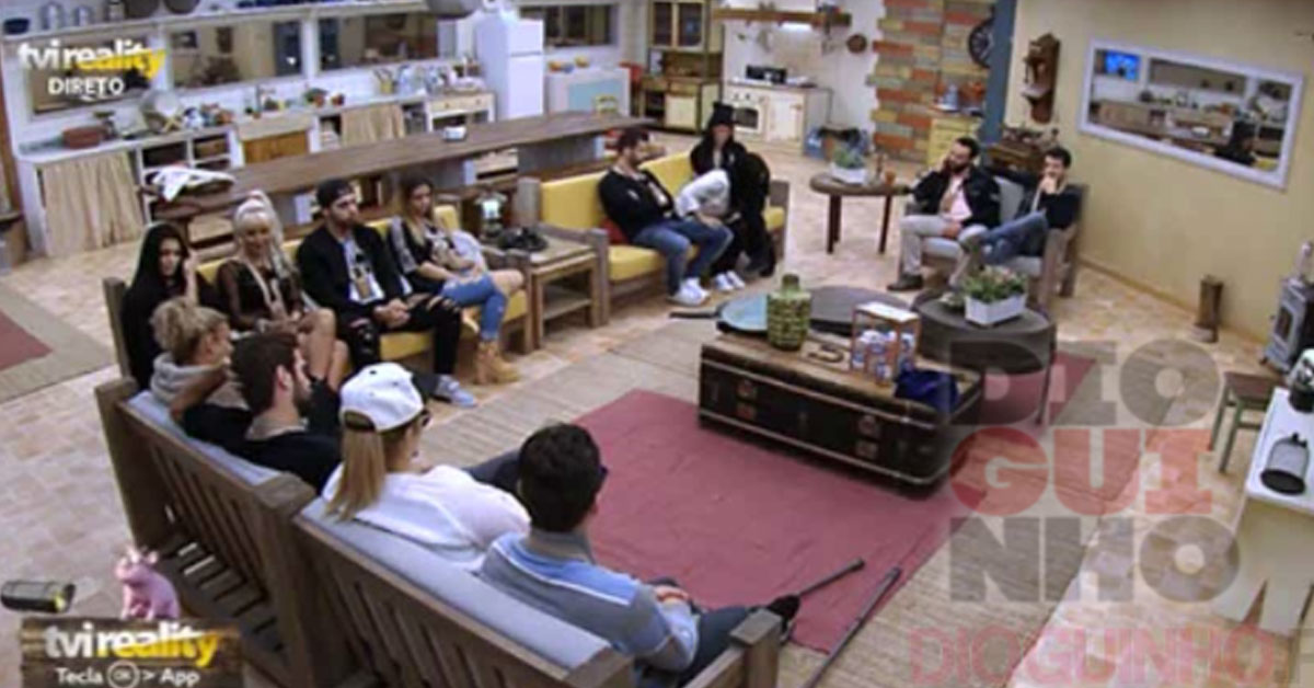 Photo of Cadeira Quente: Já se fala em grupos «Los Maninhos»