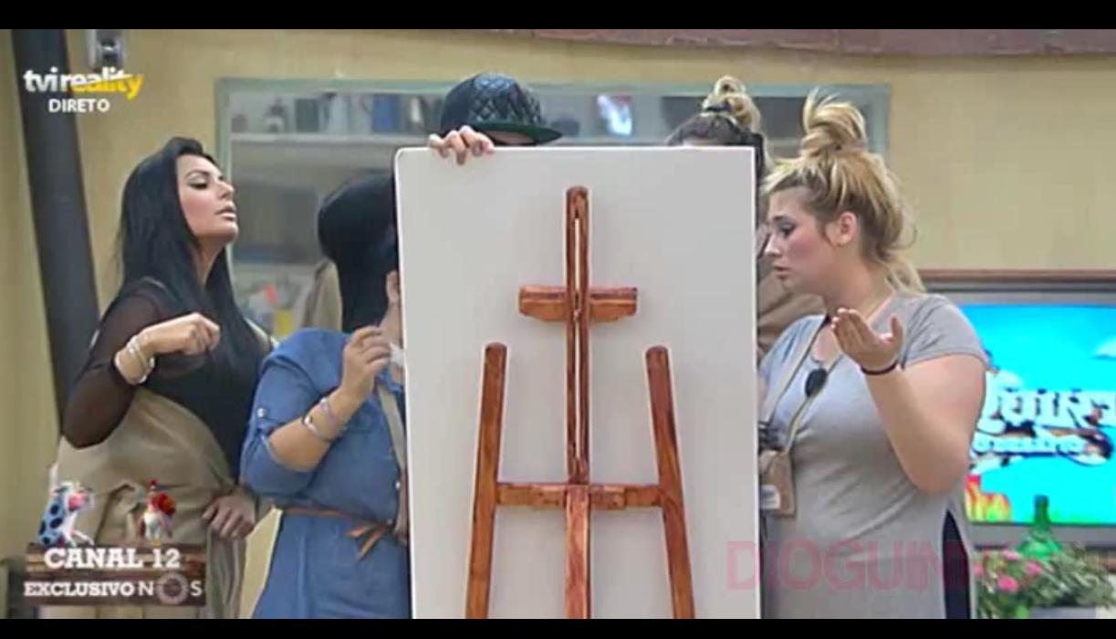 Photo of Equipa da VOZ não se entende. Discussão e Tatiana vai embora da sala