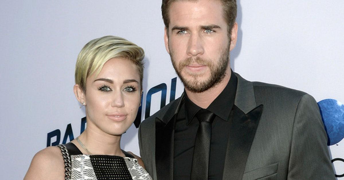 Miley Cyrus e Liam Hemsworth casam-se em segredo