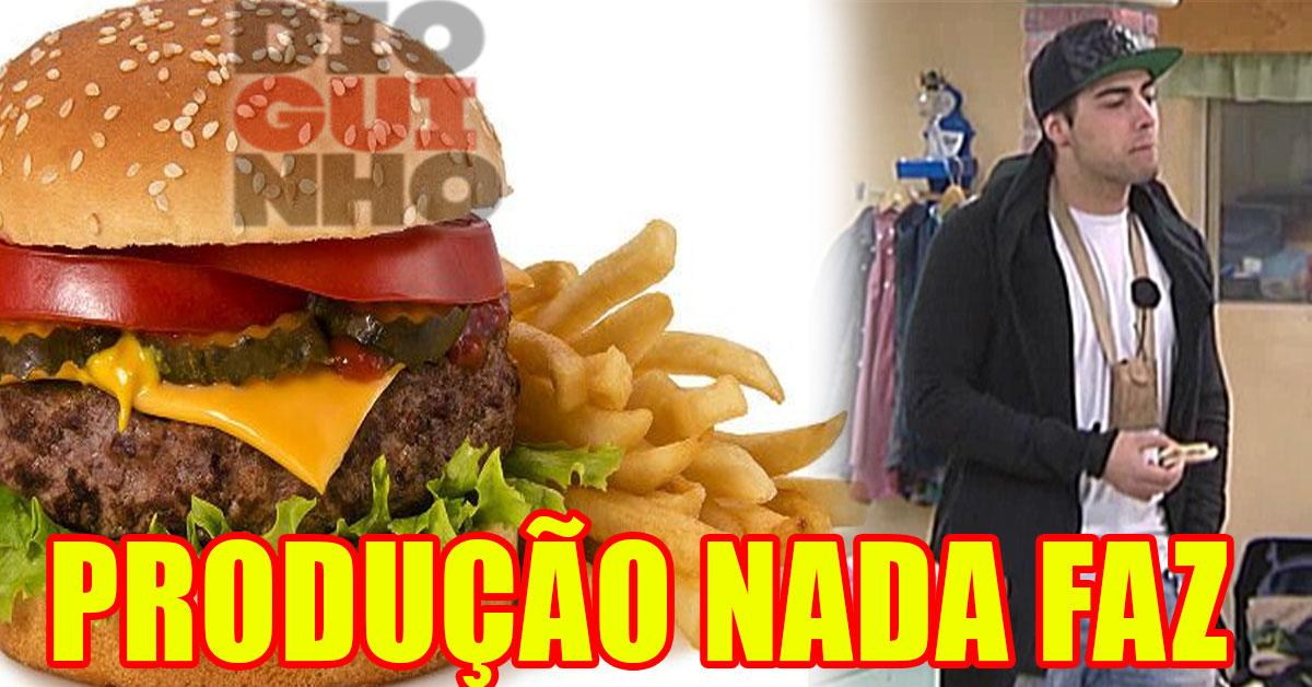 Photo of Amigos de Daniel atiram hambúrgueres para dentro da 'QUINTA'