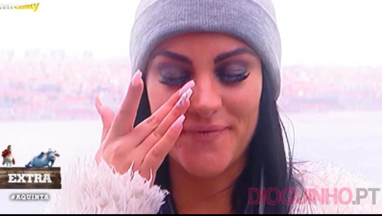 Photo of Cristiana Dionísio dá entrevista a fazer-se de coitadinha