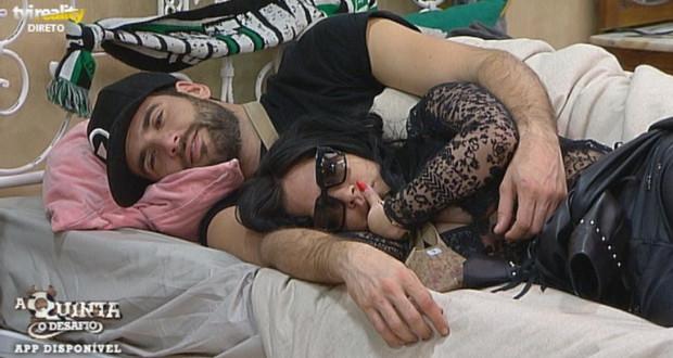 Diogo e Jéssica assumem namoro