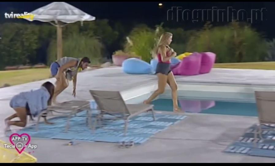 Photo of Andreia Silva atira-se novamente à piscina