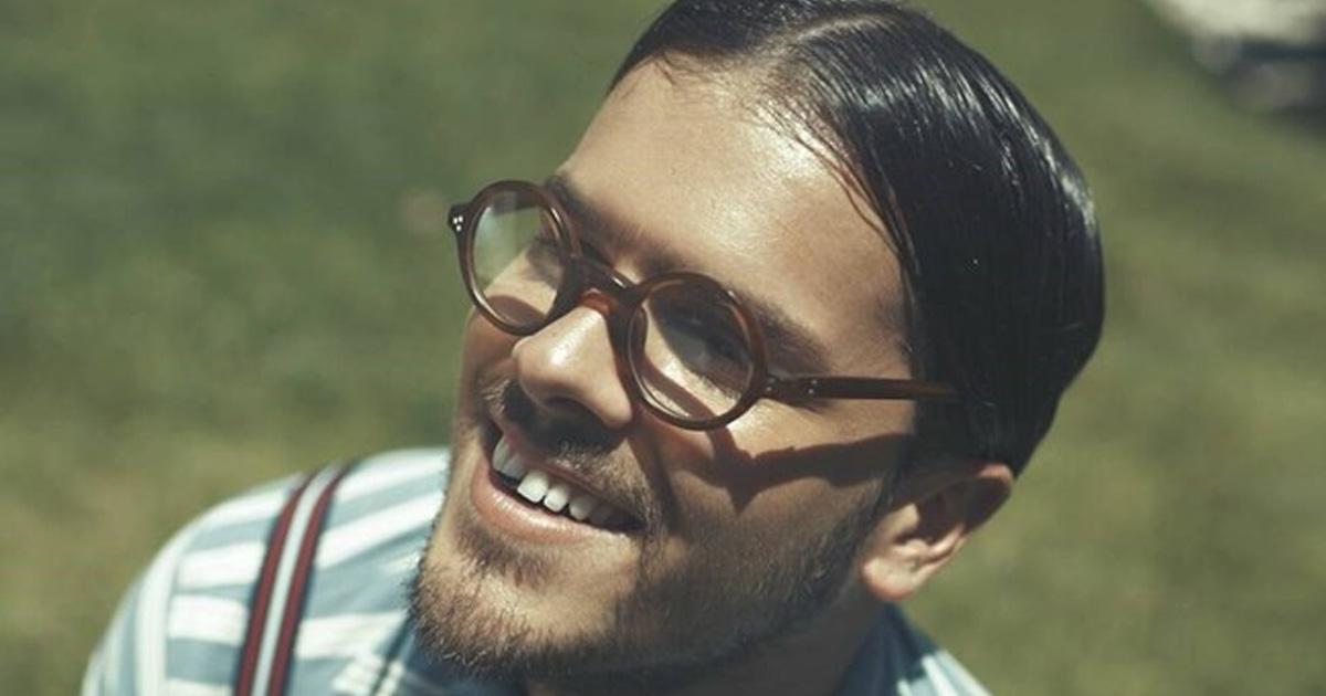 Photo of Mickael Carreira corta o cabelo em casa… vê como ficou