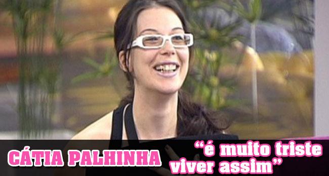 Photo of Cátia Palhinha na miséria. Caso é comentado no Flash Vidas