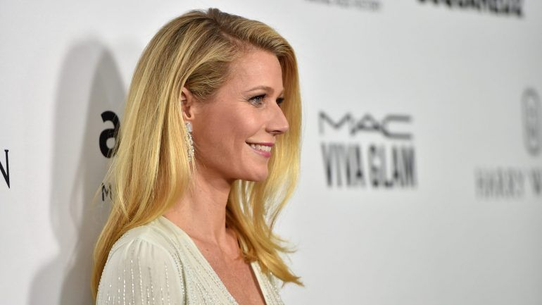 Photo of Gwyneth Paltrow faz 44 anos e publica fotografia sem make-up