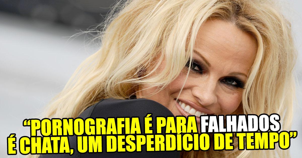 """Photo of Pamela Anderson diz que """"A pornografia é para falhados"""""""