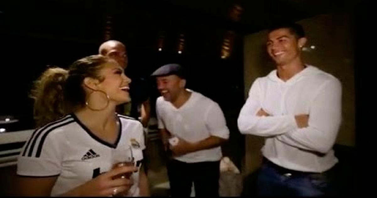 "Photo of Jennifer Lopez ""ofereceu"" Cristiano Ronaldo à prima"