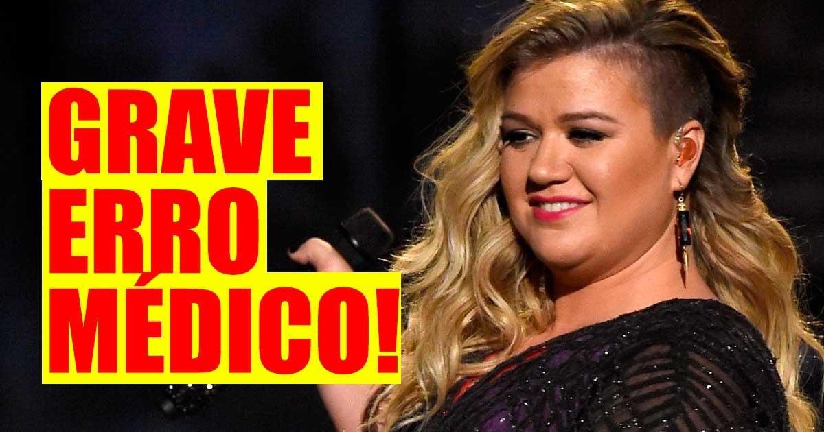 Photo of Kelly Clarkson revela que foi vítima de um grave erro médico