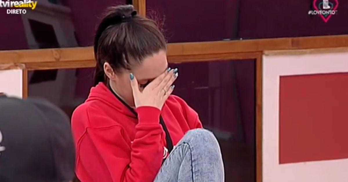 Photo of Jessica CHORA a falar do amigo Bruno Esteves