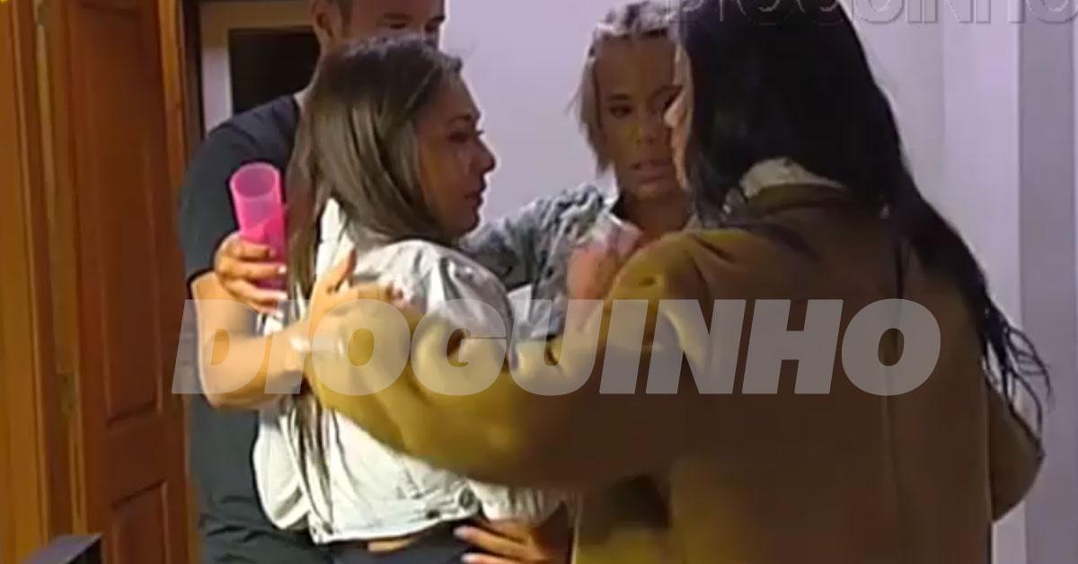 Photo of Cláudia regressa à «casa» muito abalada após barraco de Érica Silva