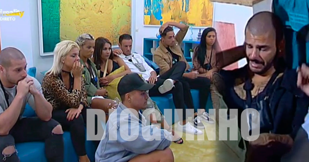 Photo of Bruno Marvão chora e anuncia que vai embora amanhã na gala