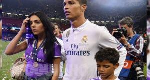 O primeiro beijo em público entre Ronaldo e Georgina