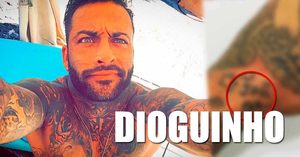 Photo of Carlos Sousa fez a primeira tatuagem nele próprio… concorrência ao Rui Rodrigues?