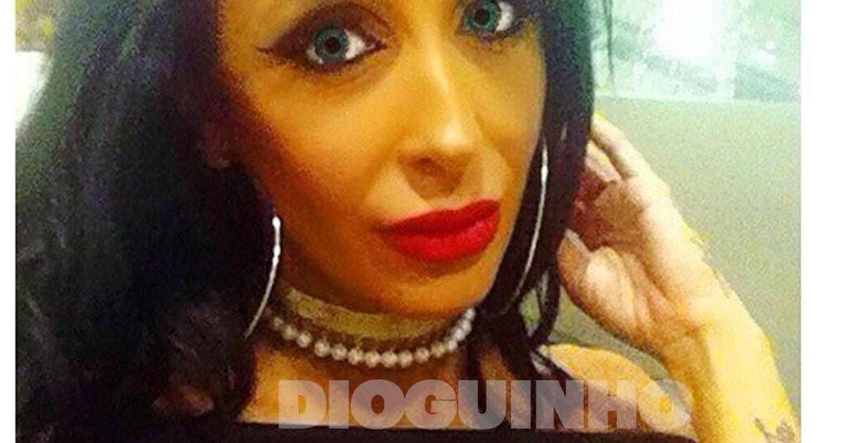 Photo of Juliana Dias abusou no make up ou no solário?!