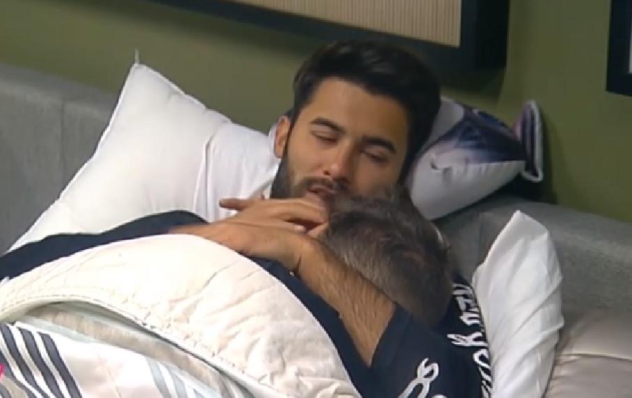 Photo of Luan e Tiago em LUA DE MEL no quarto secreto