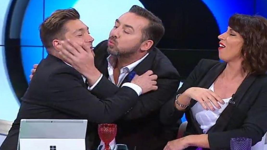Photo of Concorrentes estão revoltados com comentadores do Late Night Secret