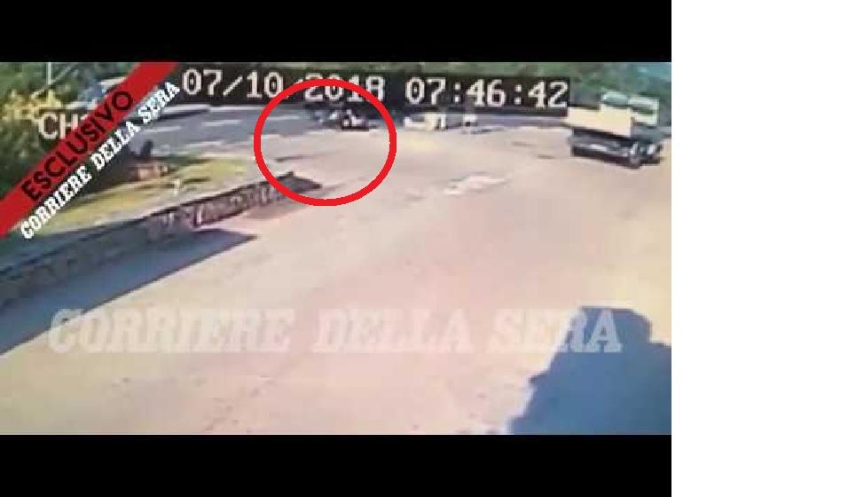Photo of Vídeo mostra George Clooney a bater em carro