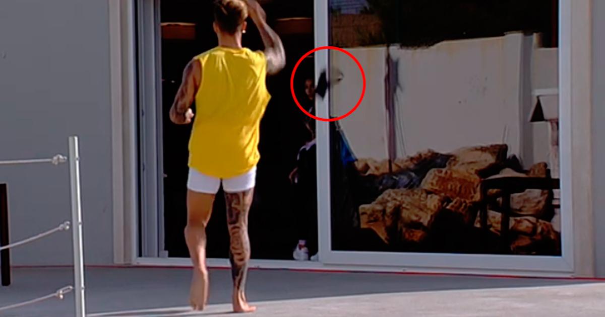 Photo of Girão regressa à 'casa' e namorada perdoa-o. Ele já começou aos ataques