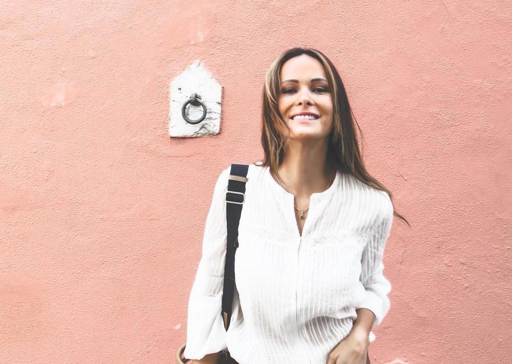 Photo of Helena Costa mostra imagens das gémeas